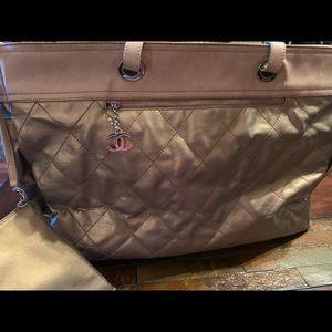e17eb41fd91e Women's Chanel 2005 Bag on Poshmark